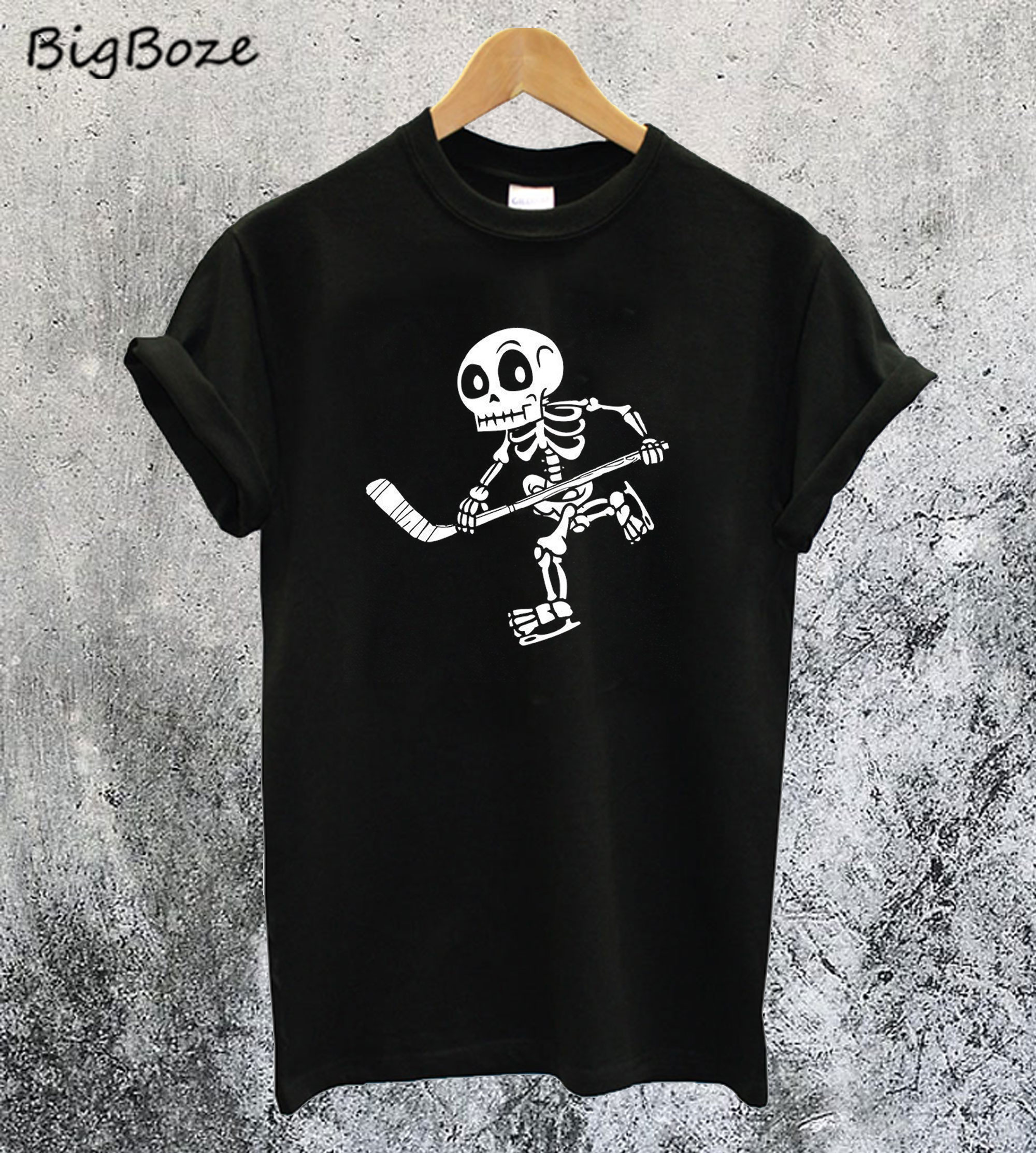 Skeleton Hockey Lovers Halloween T-Shirt